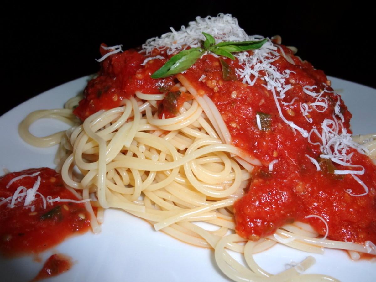 Italian Spaghetti with Tomato Sauce