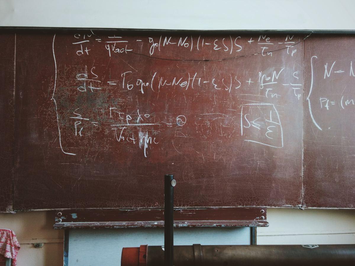 Solving Word Problems Involving Chebyshev's Theorem