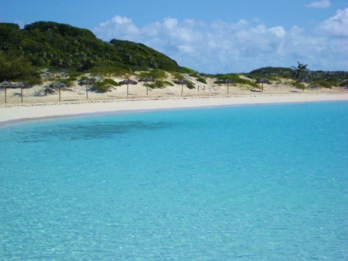 Half Moon Bay and Saddleback Cay in the Exumas, Bahamas.