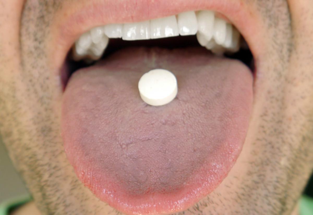 Oral Probiotics Review - Probiora3/EvoraPlus, GanedenBC30 & Prodentis