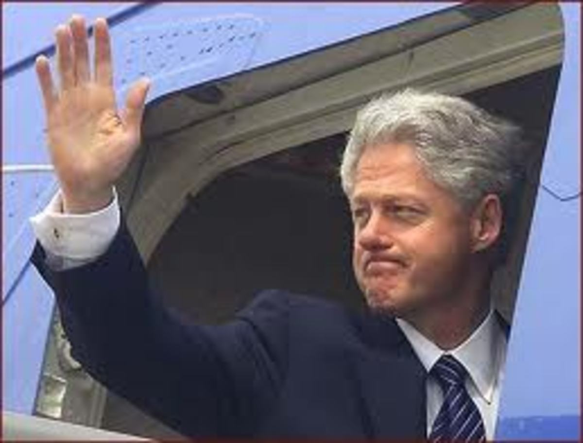 President Bill Clinton Waving Goodby