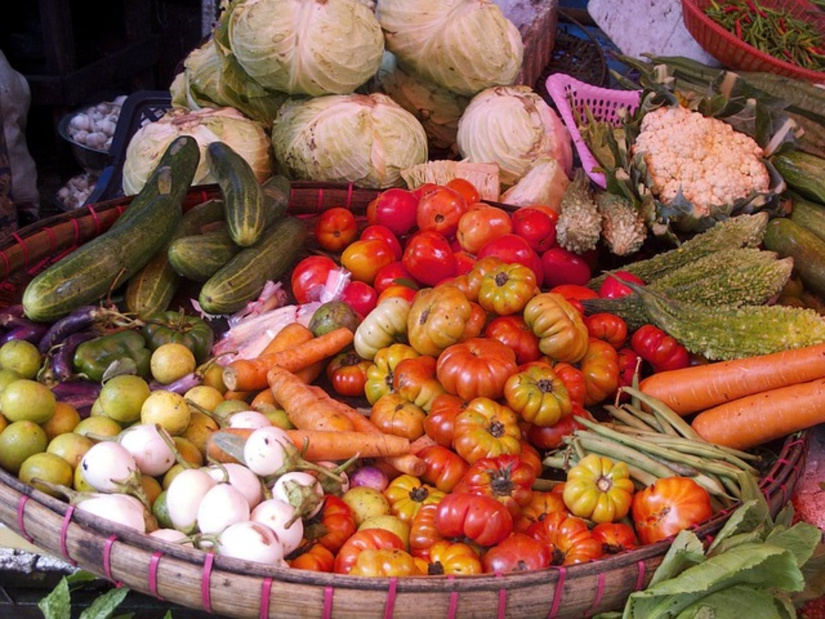Pros and cons of vegetarianism: Collection of fresh produce on display.  Vegetarians believe that a healthy and satisfying diet can be achieved without the need for meat.