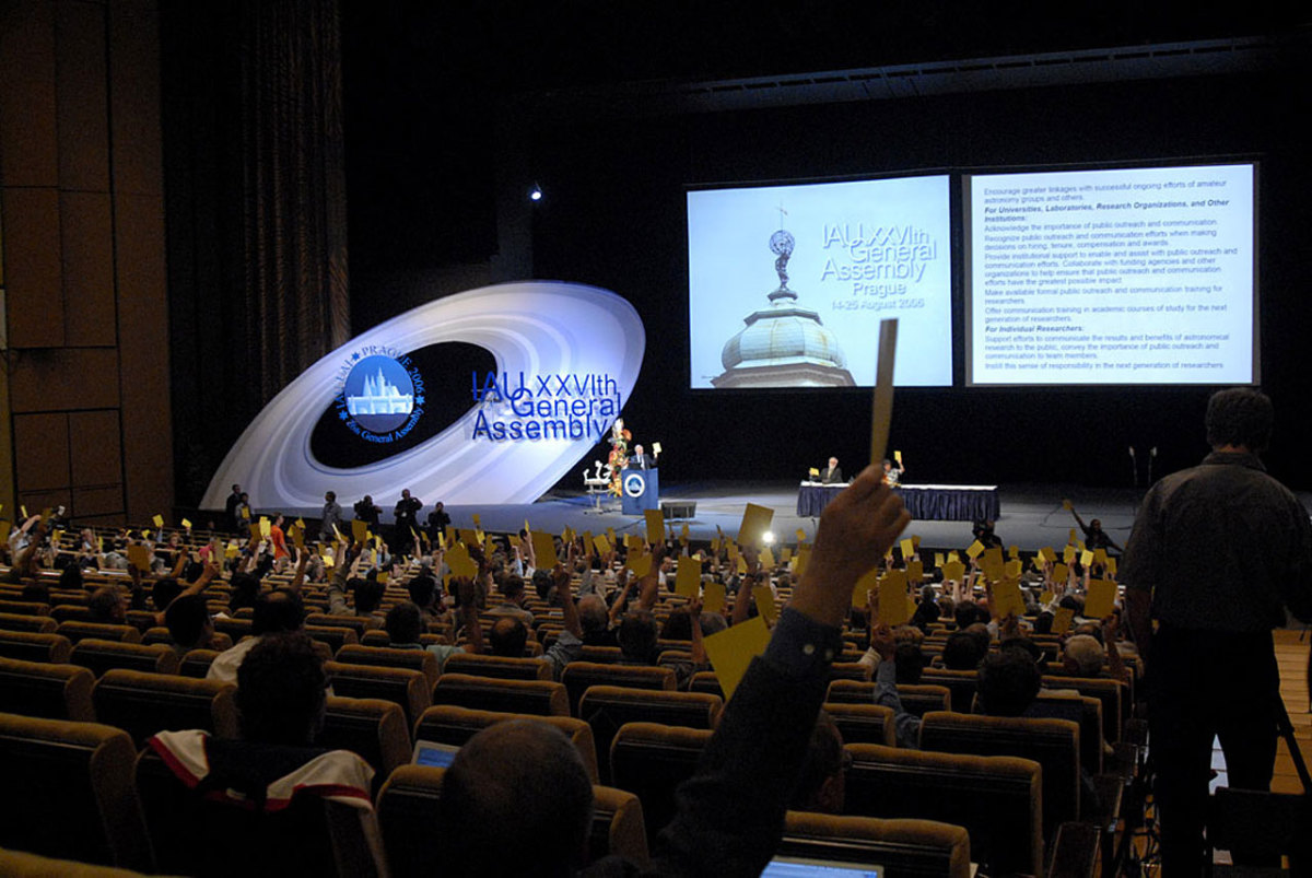 What Was The 2006 IAU Definition of a Planet Vote Controversy? The Story of Democracy in Science