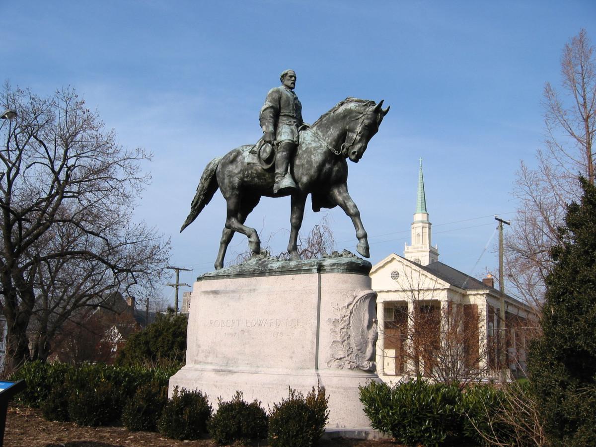 Robert E Lee statue, Lee Park, Charlottesville VA