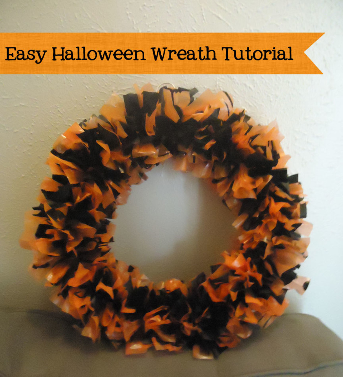 DIY Halloween wreath. Easy and inexpensive to make!
