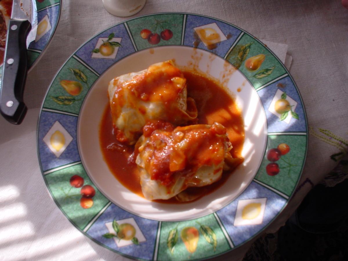 Authentic Polish Golumpki (aka Gwumpki): Cabbage Roll Recipe