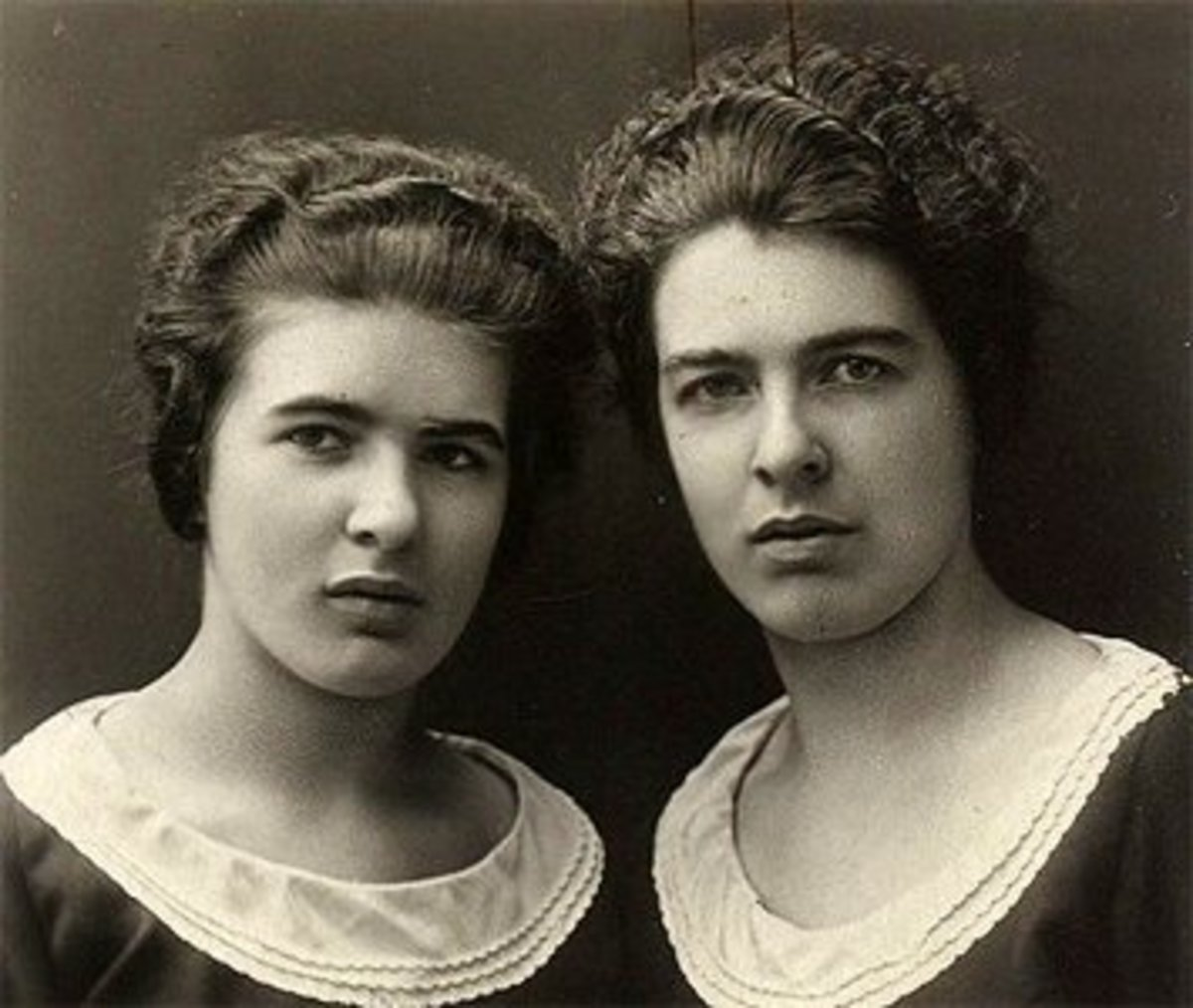 The Papin Sisters in 1928