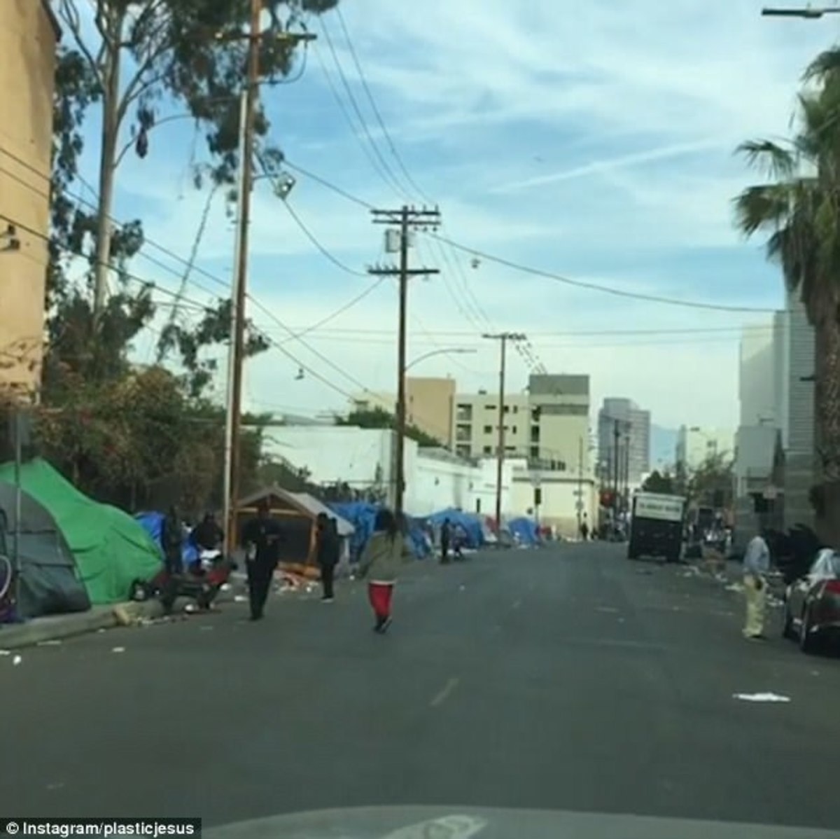 Behind Hollywood's Glamour: Shocking Images of Poverty and Homelessness in Downtown Los Angeles
