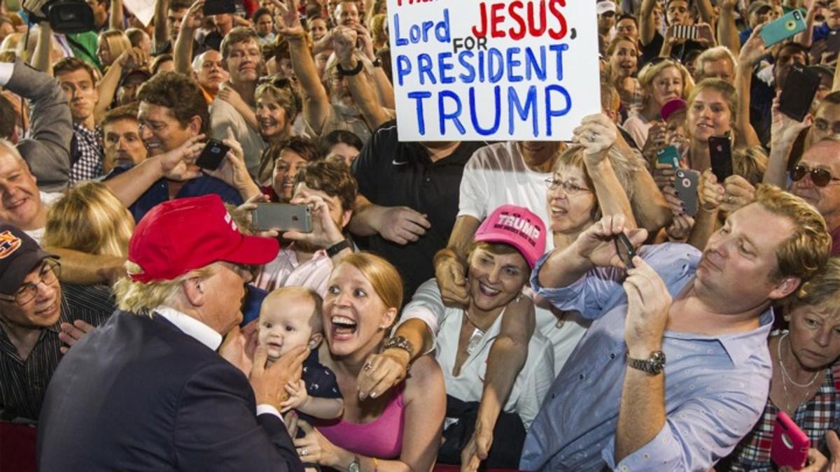 Why Evangelicals Overwhelmingly Support Trump