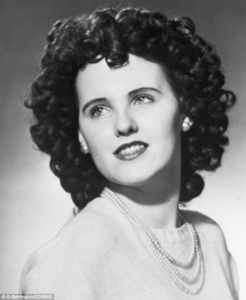 Who Murdered Elizabeth Short, the Black Dahlia?