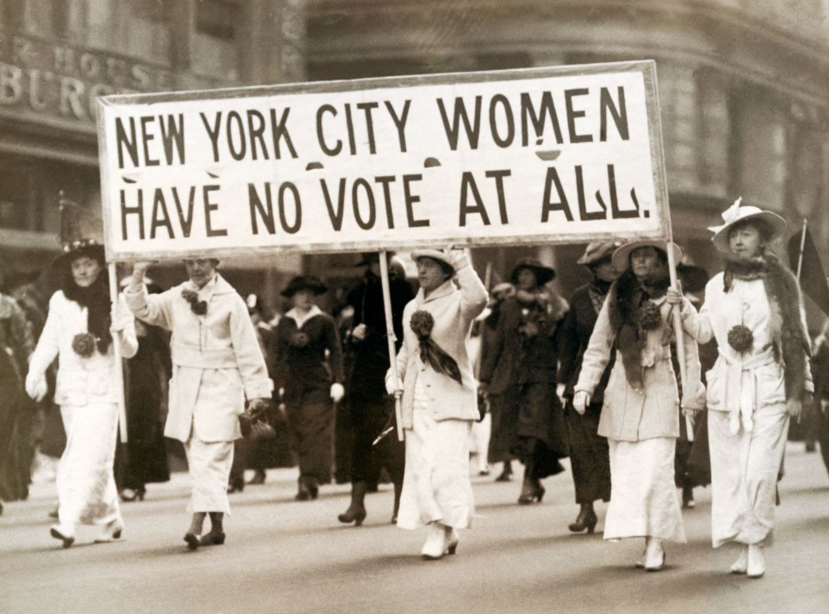 A Brief History of Women's Suffrage in the USA
