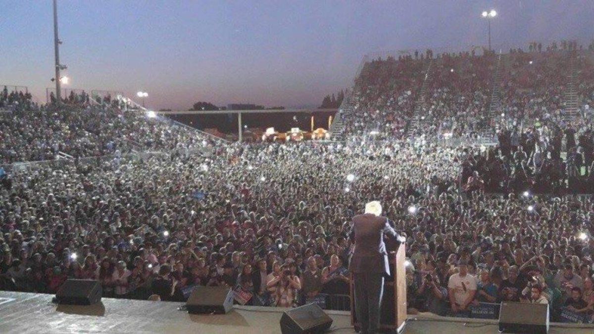 Bernie Sanders, Sacramento 2016