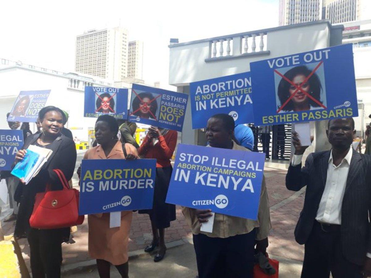Kenyans demonstrating.