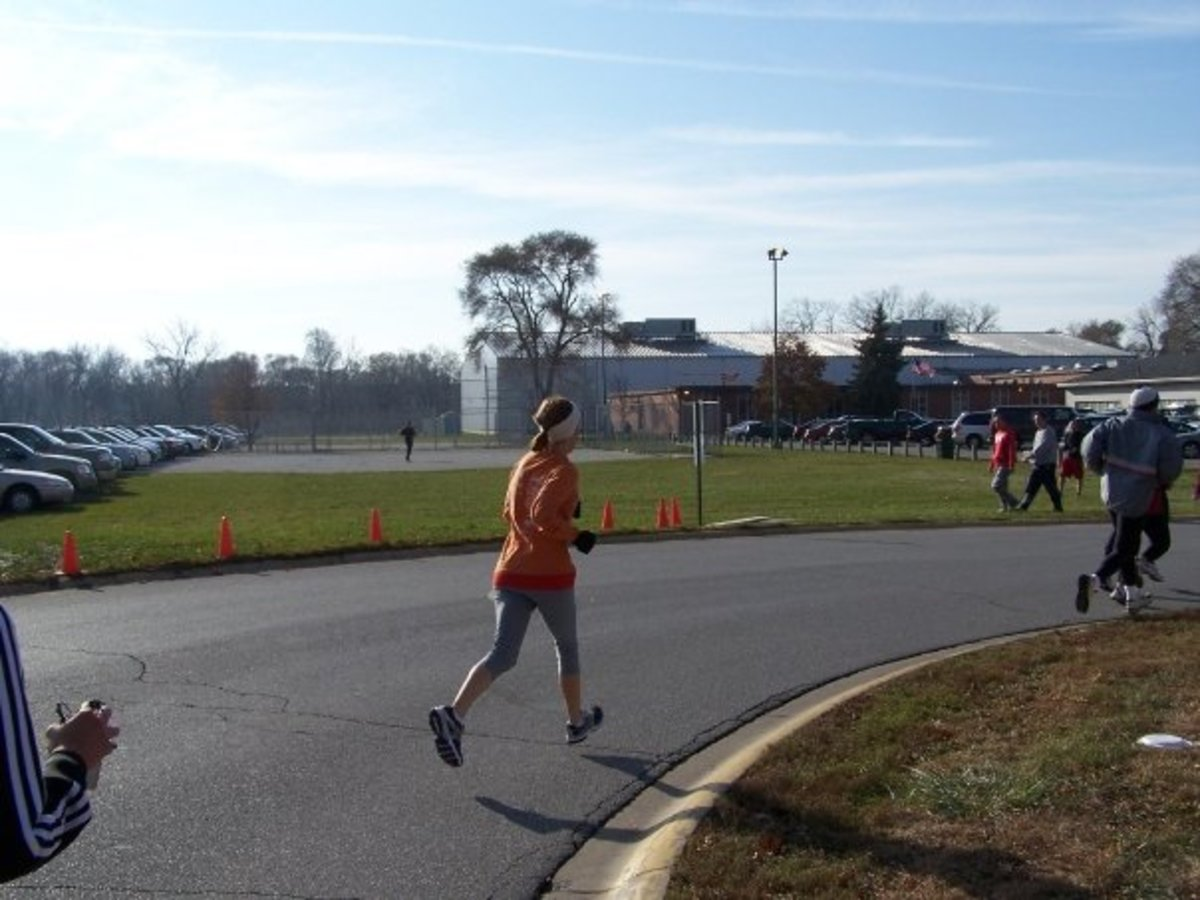 Me running a 10K when 19 years old, at the peak of my running career after high school. Getting back into running after a long break can be challenging, but can be done if done slowly.