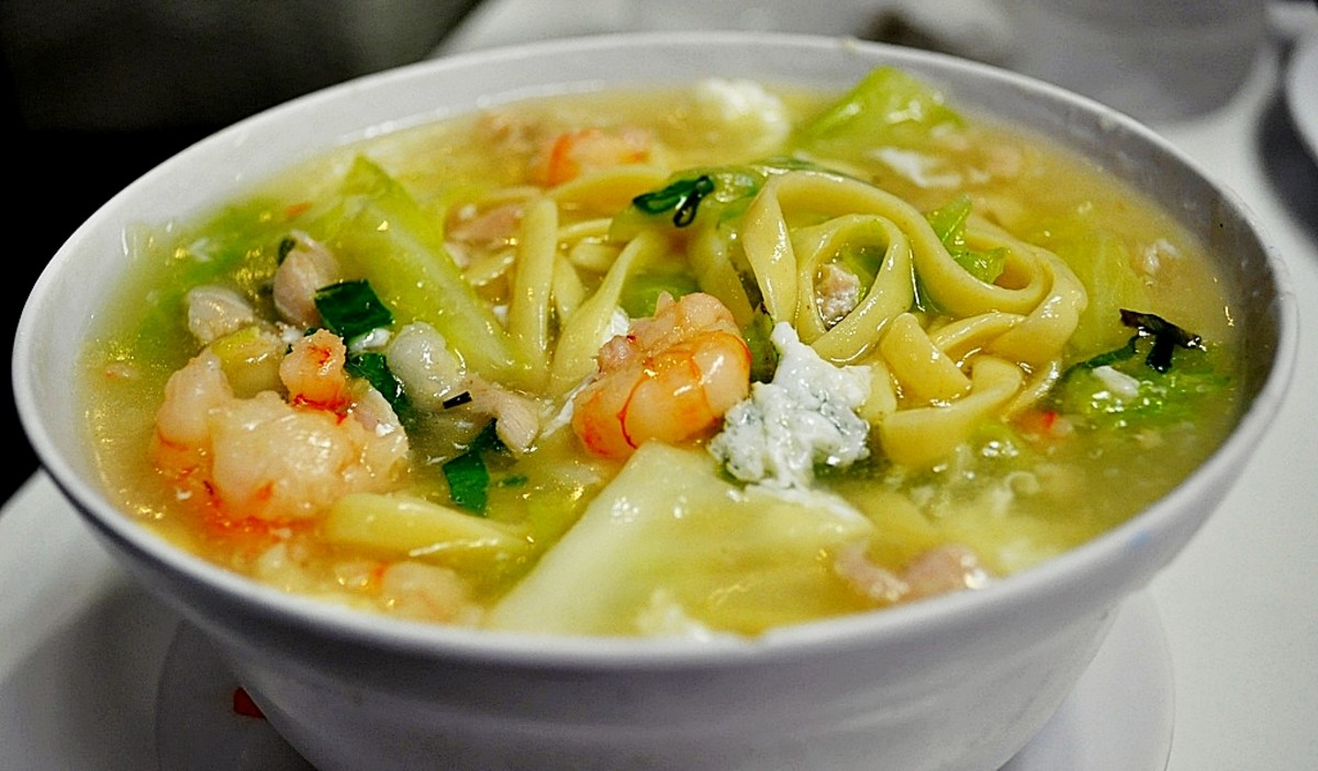 Recipe for Lomi (A Comforting Philippine Egg Noodle Dish)