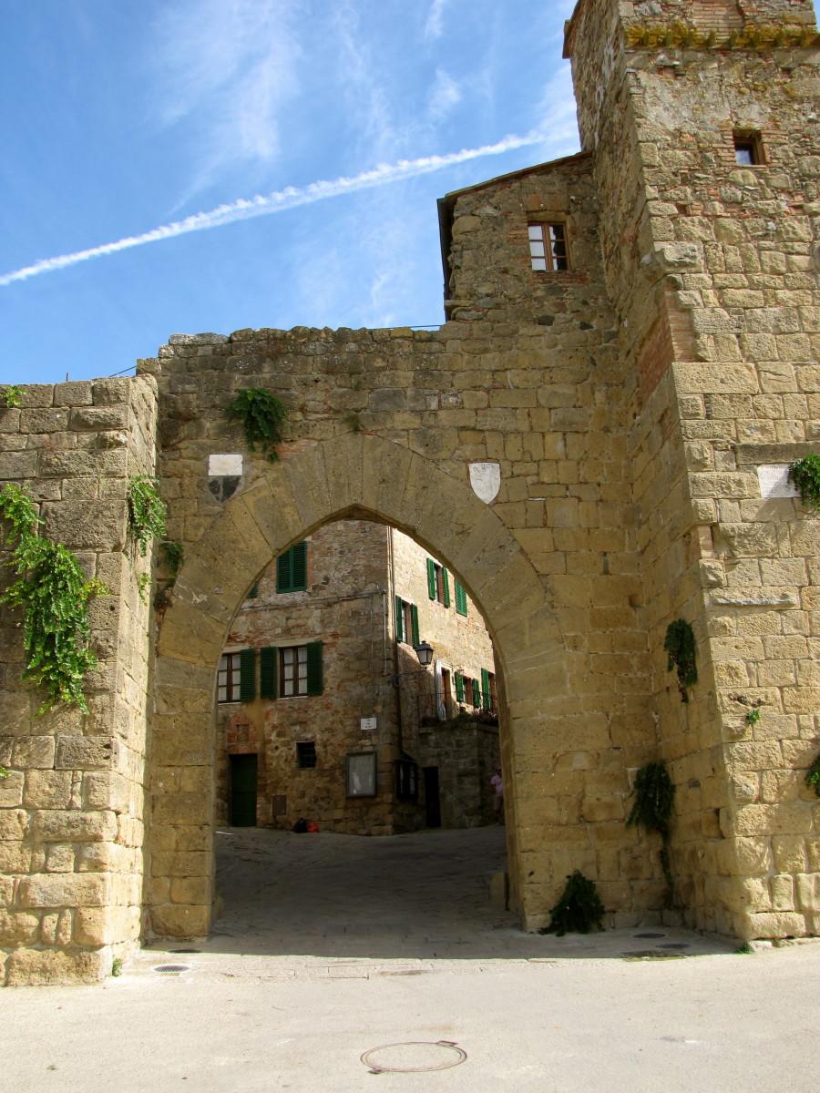 Gateway to Monticchiello