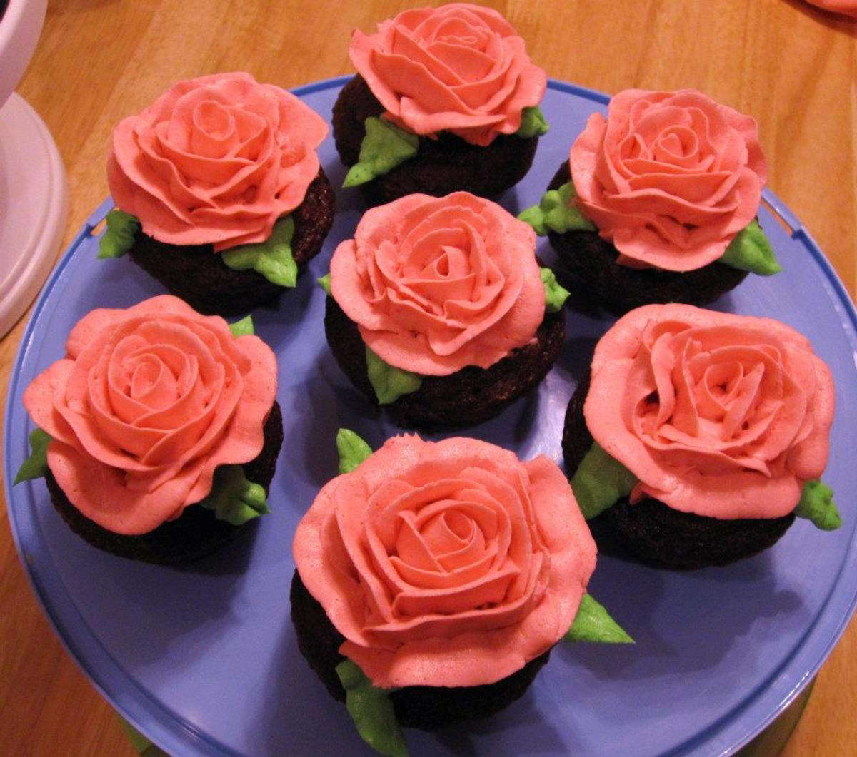 Roses made from stiff consistency buttercream