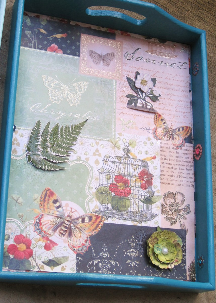 Completed vintage decoupage wood tray