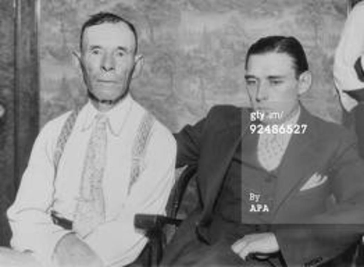 John Dillinger, Sr.(left) and Hubert Dillinger(right)