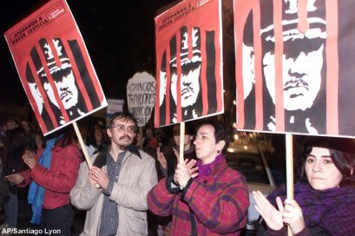 Protesters Demand the Jailing of Chilean Dictator General Augusto Pinochet