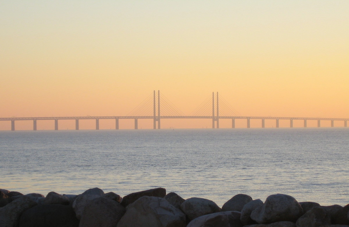 The Öresund Bridge between Denmark and Sweden is part of the Trans-European Networks; it is symbolic of the increasing ease of trade and co-operation between Member States.