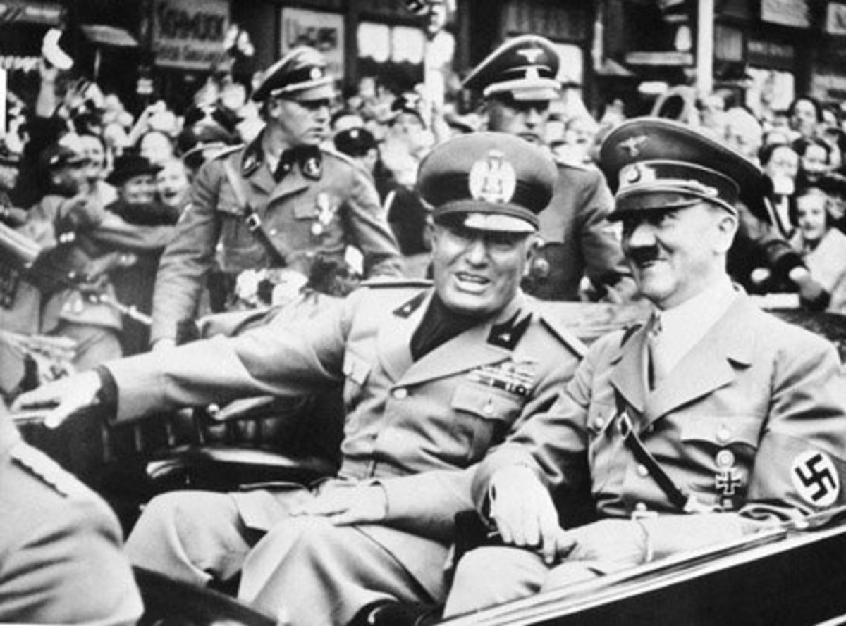 Mussolini (left) and Hitler.