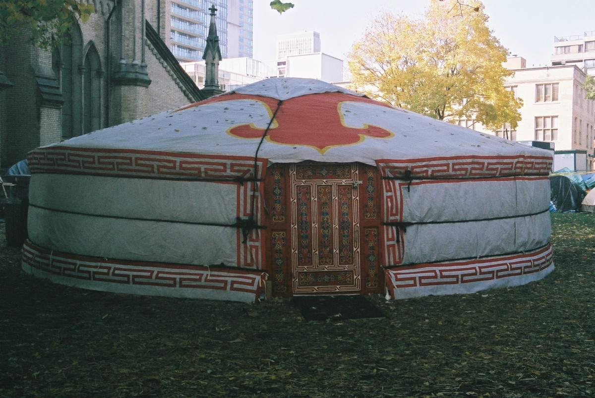 This is a Mongolian Yurt placed downtown Toronto, at St. James Park, next to the St James Cathedral.