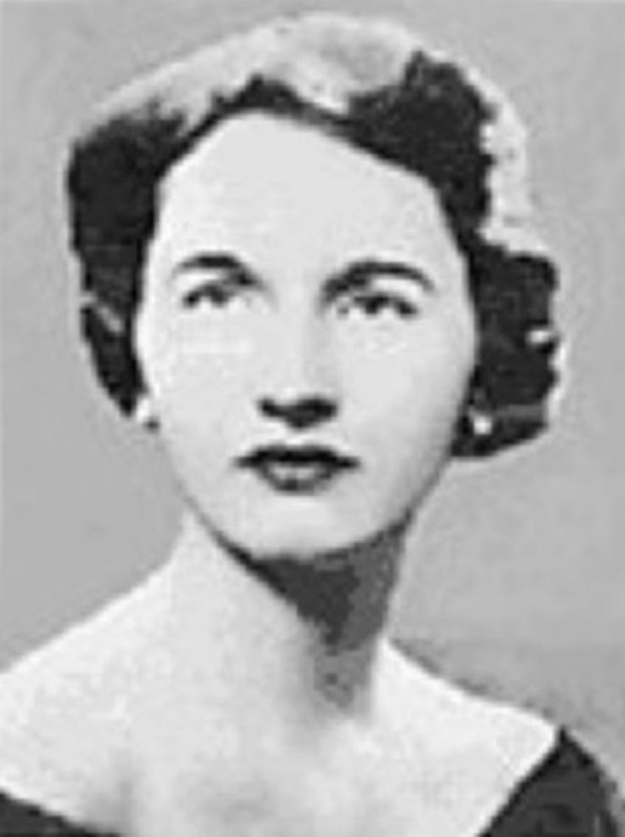 Joan Risch portrait photo.