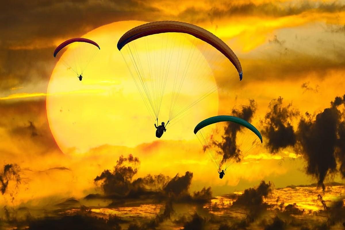 Golden Parachutes for Bad Executives