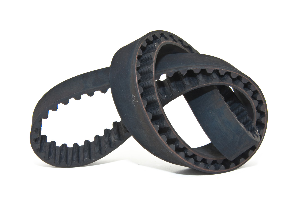 A timing belt (2001 Accord).