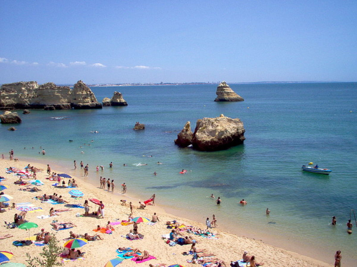 Visit Portugal: Road Trip Itinerary for Traveling South of Lisbon