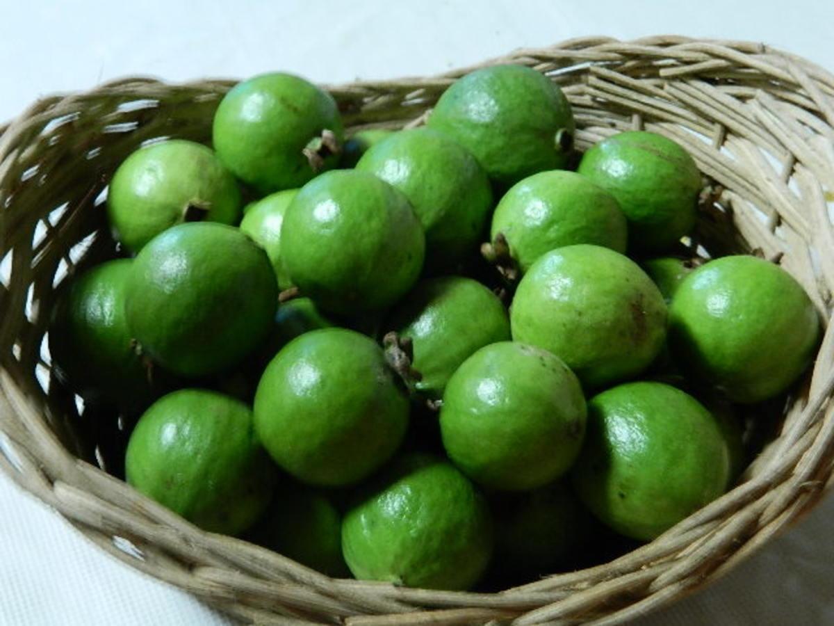 Easy Homemade Guava Jam Recipe