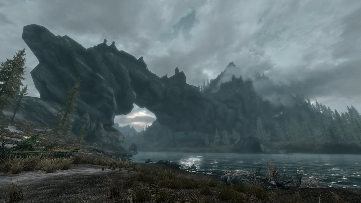 Skyrim has gorgeous, fully explorable environments.