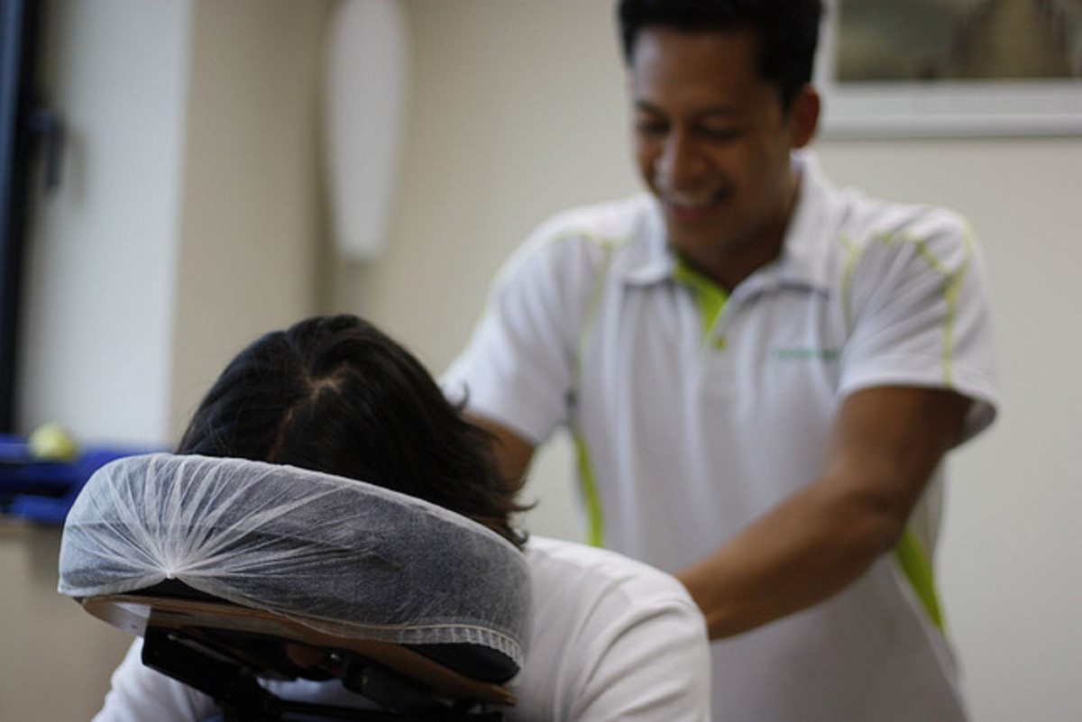 "Lies Massage Therapists Tell: ""You've Got So Many Knots!"""