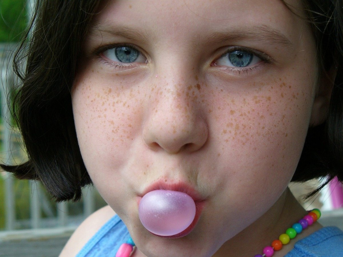 Science Fair Project: Which Chewing Gum Lasts the Longest?