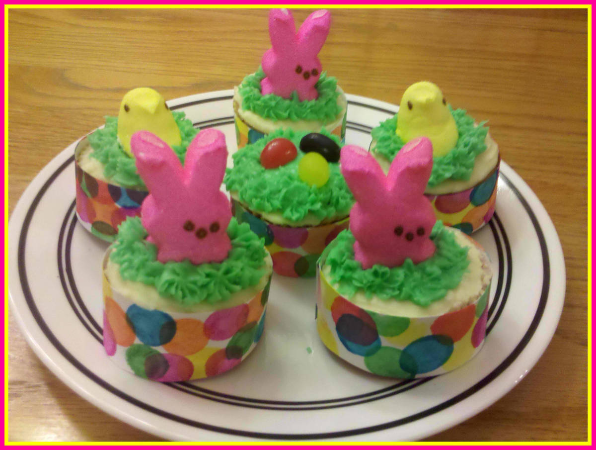 Easter Cupcakes - Decorating Ideas and DIY Cupcake Wrappers