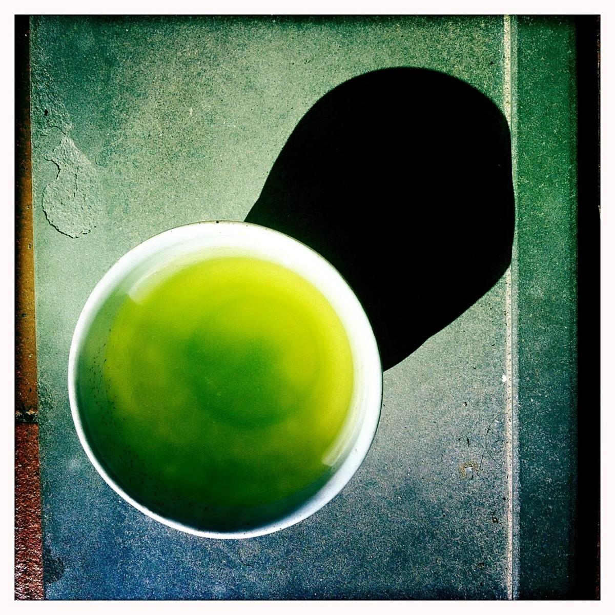 Health and Weight-Loss Benefits of Ocha or Japanese Green Tea