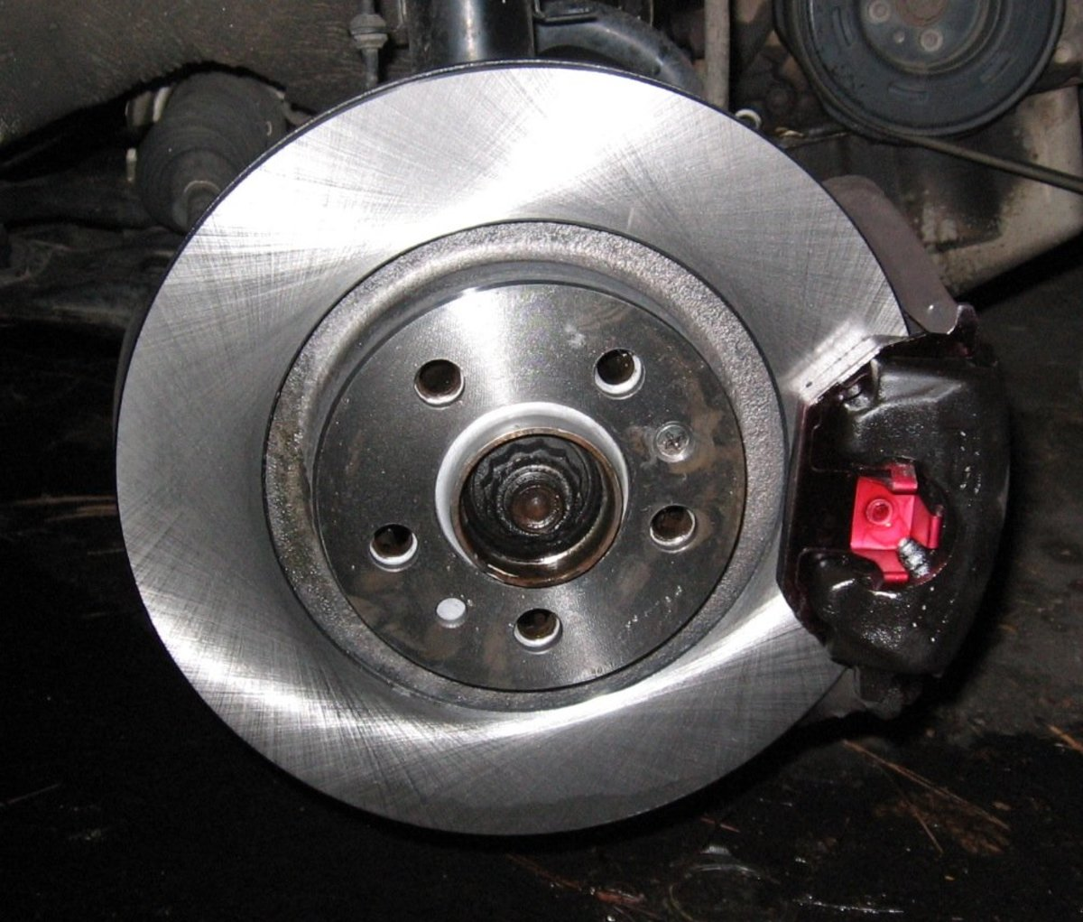 MKIV Jetta Golf 2.0L: How to Change Front Brake Pads and Rotors