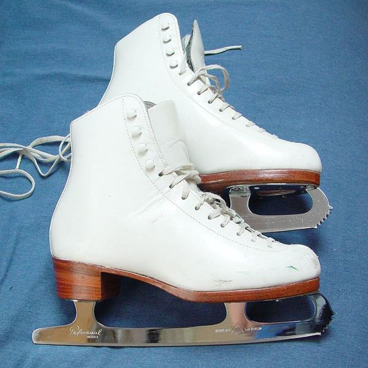 Example of figure skates.