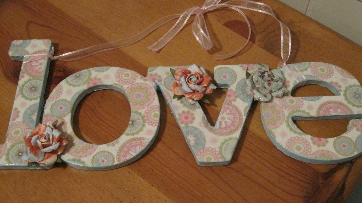 How to Decorate With Paper Mache and Wooden Letters