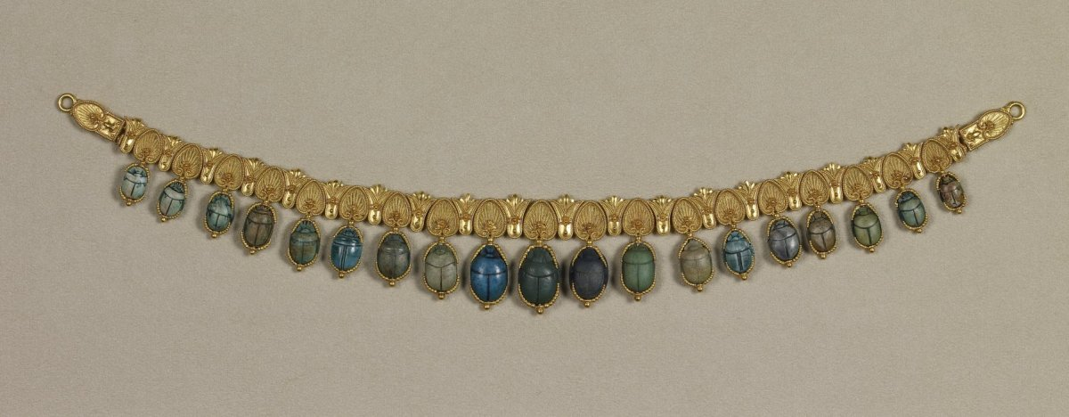 In Ancient Egypt, jewelry played a large part in their society. The richer Egyptians tended to wear the jewelry with gold and gems, whereas the poorer Egyptians usually made theirs out of glass beads.