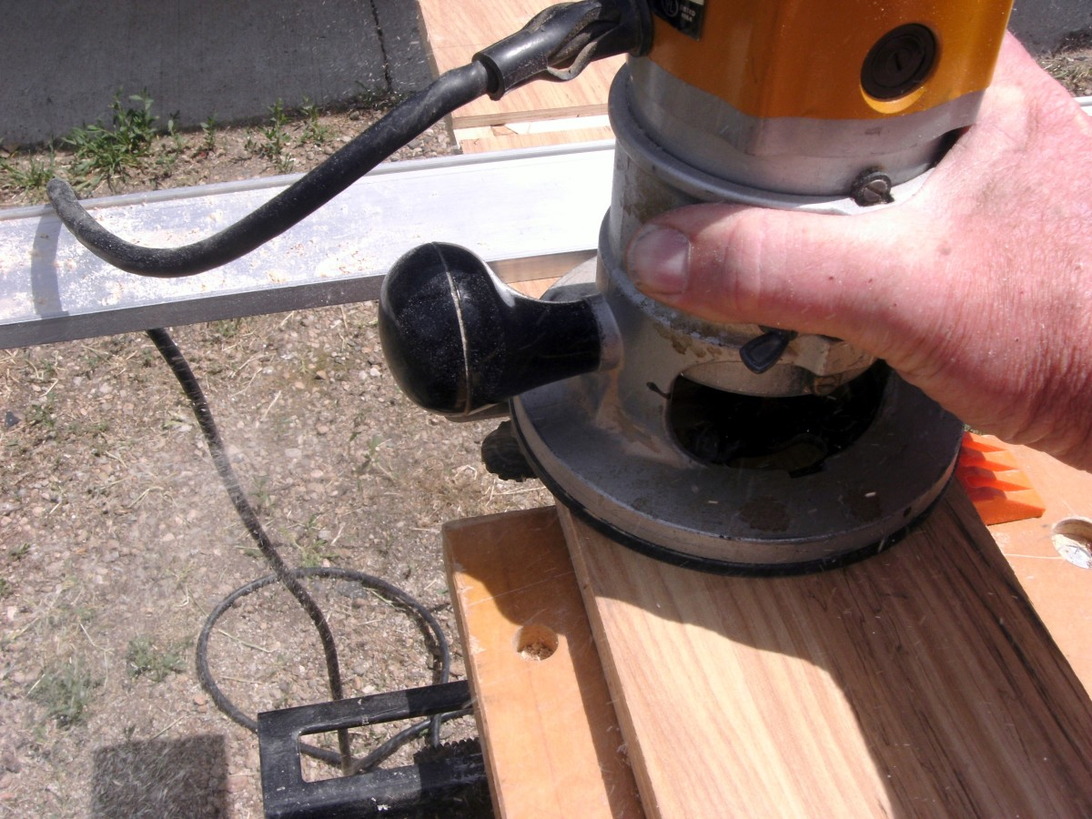 Throwing sawdust to the side, this router is working hard.
