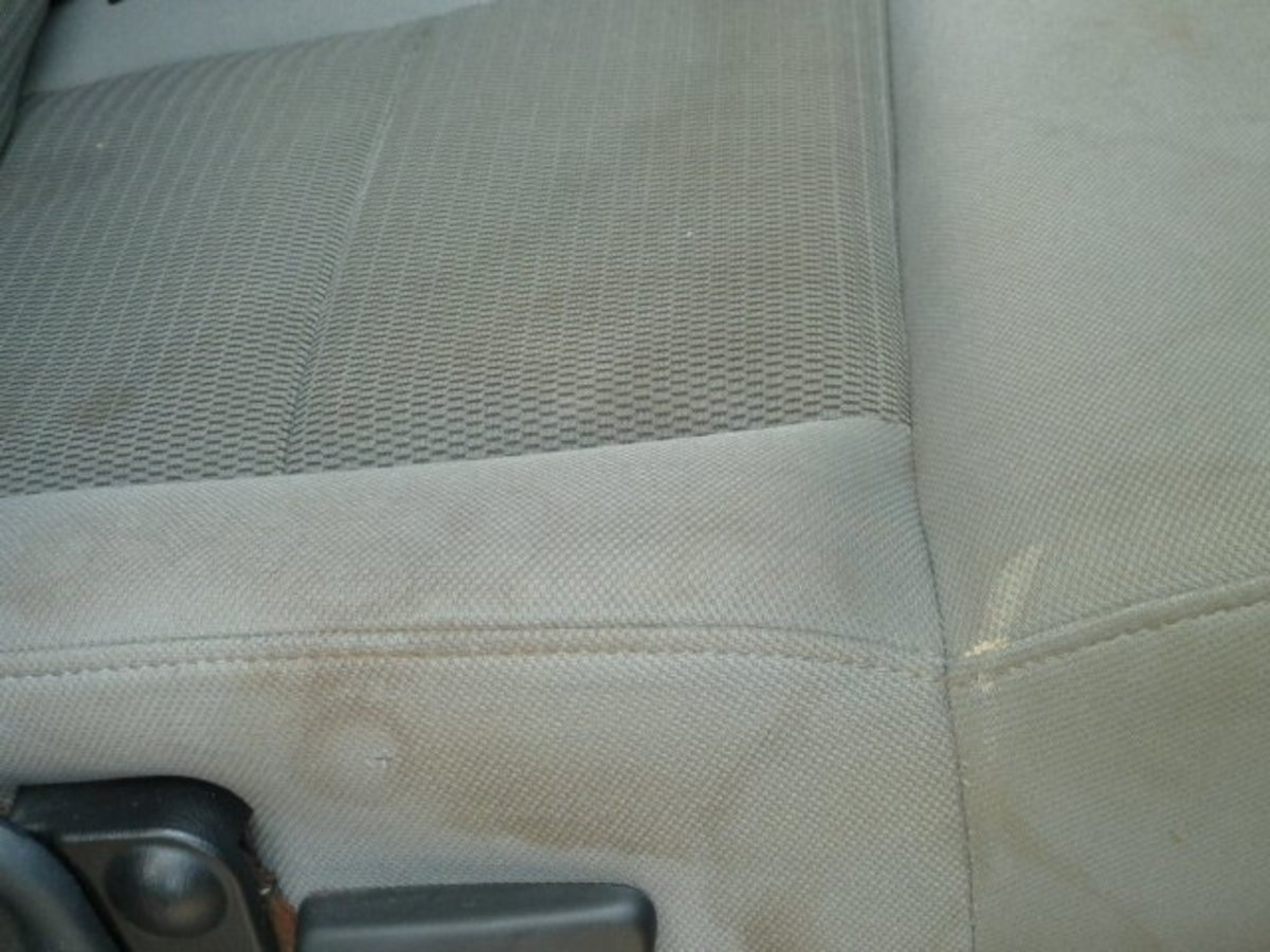 how to clean car seats axleaddict. Black Bedroom Furniture Sets. Home Design Ideas