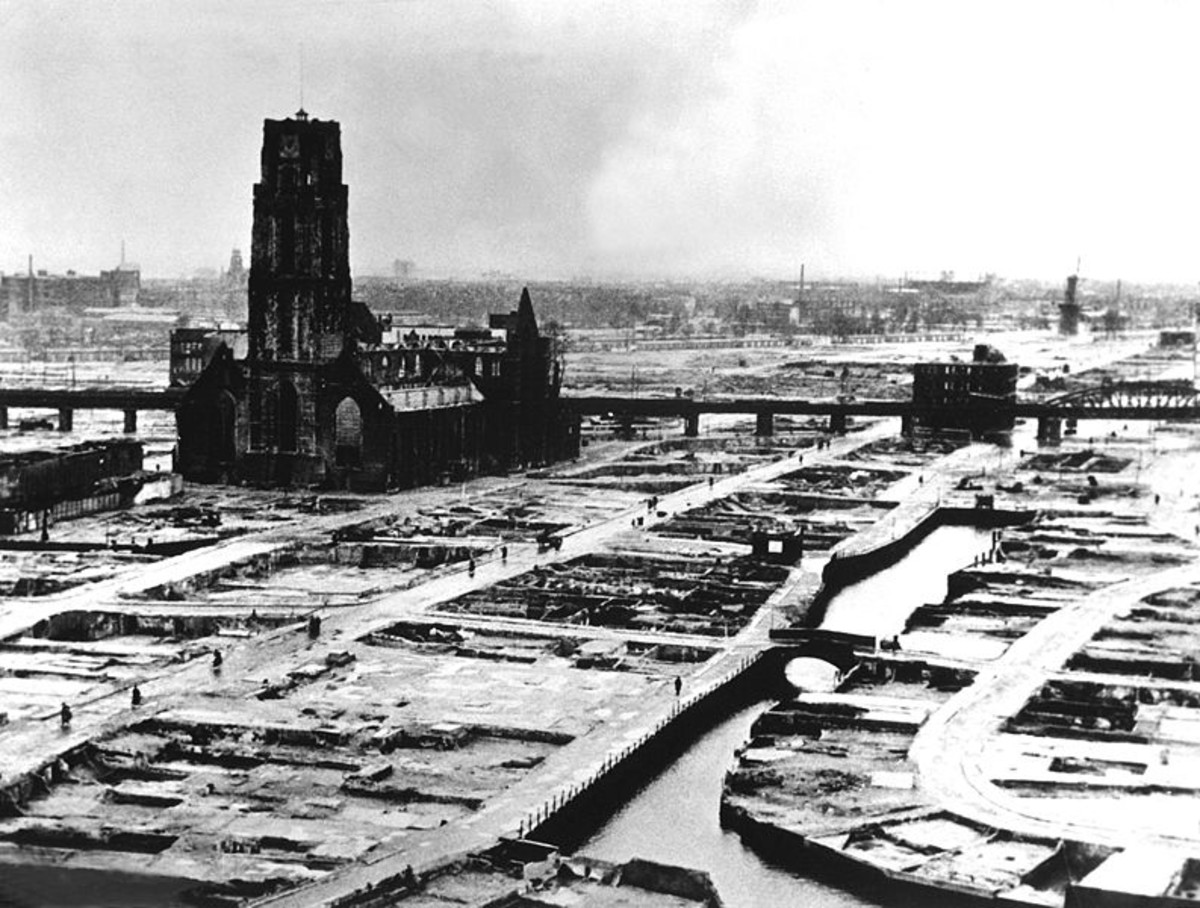 WW2: Invasion of Holland: German bombers set the whole inner city of Rotterdam ablaze, killing 814 of its inhabitants