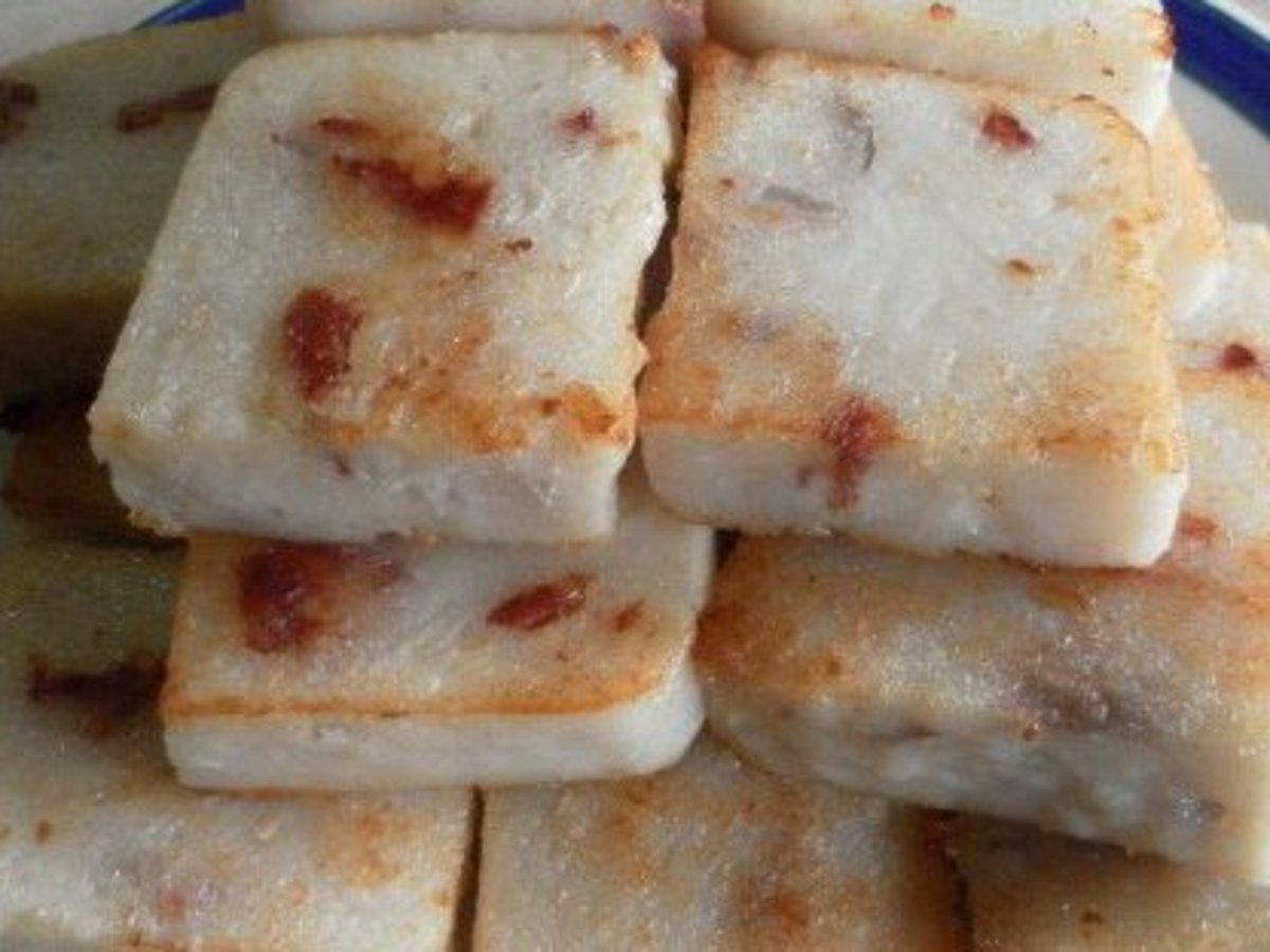 White Radish (Carrot) Cake Recipes - Hong Kong Style Dim Sum and Singapore Hawker Style