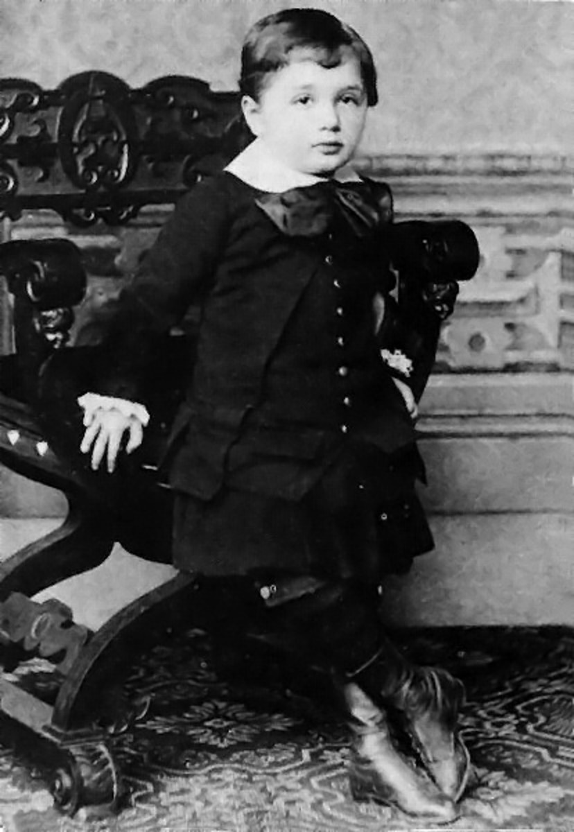 Einstein at the age of three, looking very stylish already.