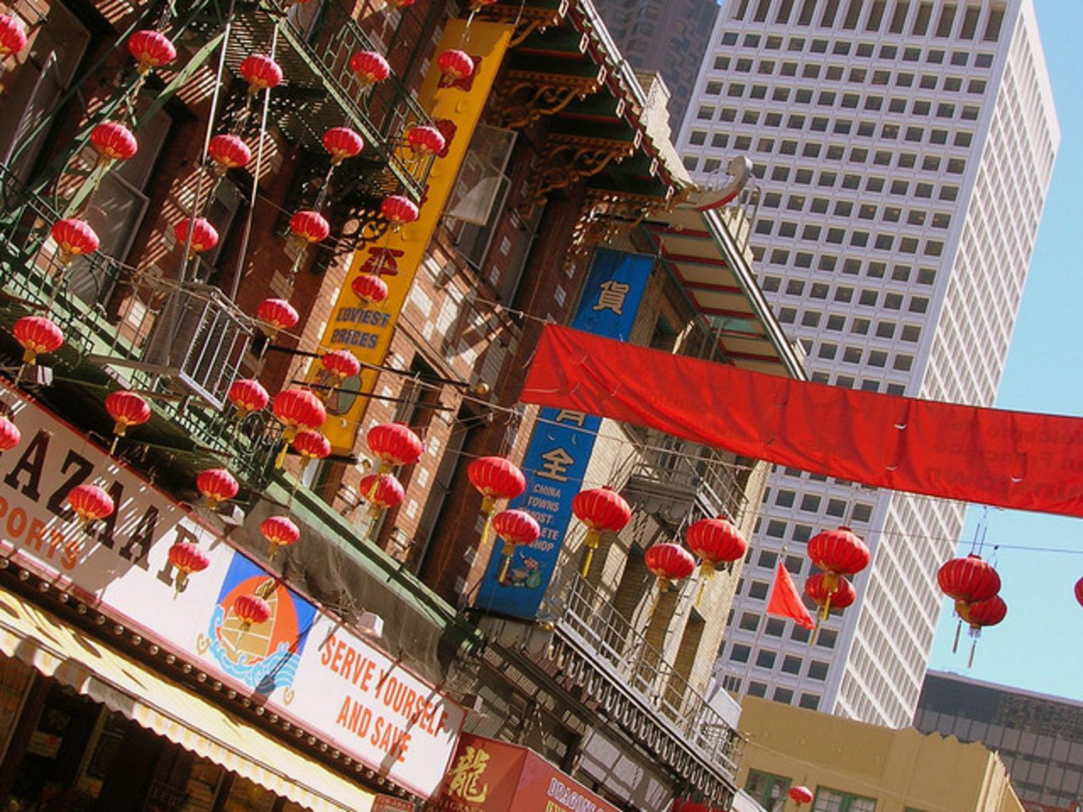 I know I have pictures of Chinatown my file space somewhere, but until I find them, thank you Flickr!
