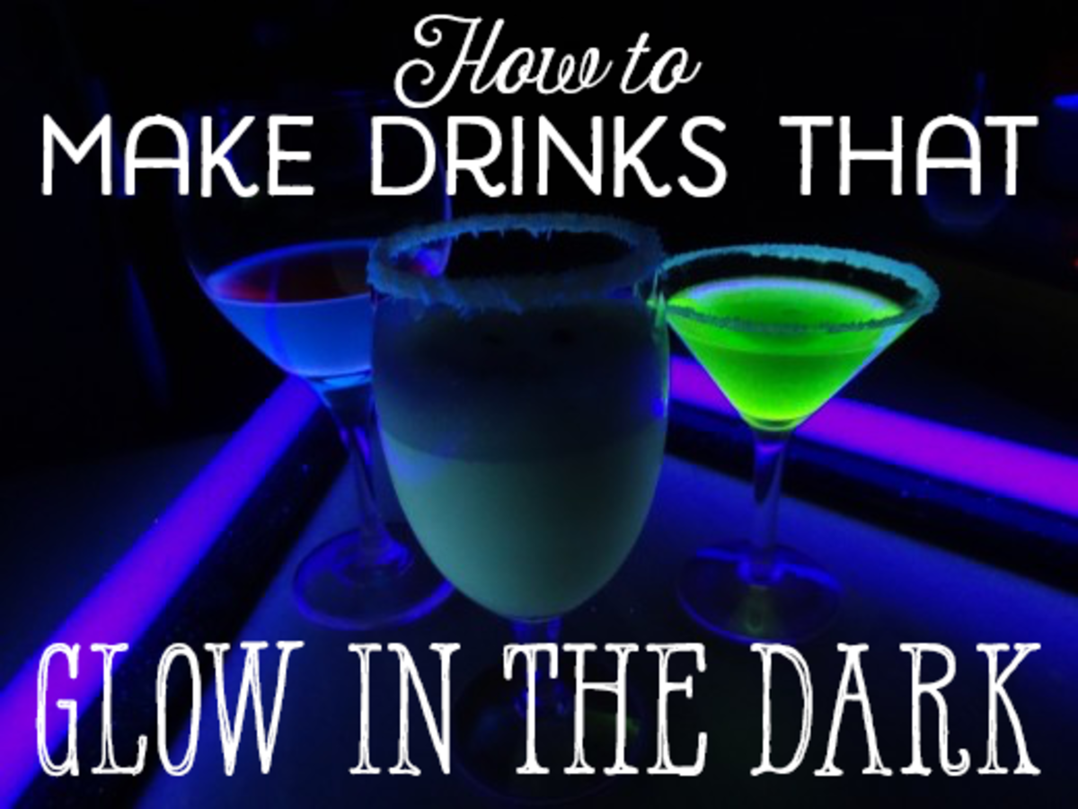 How to Make Drinks That Glow in the Dark