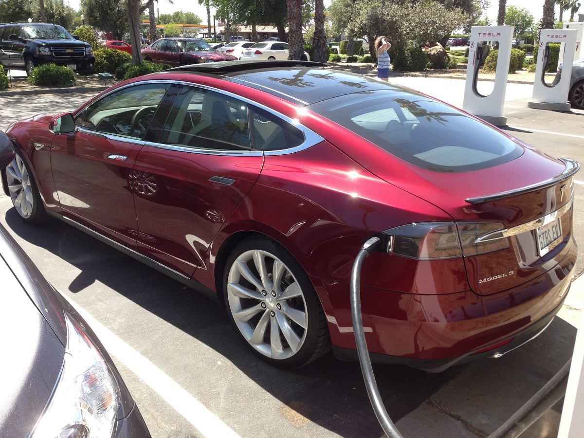 "A Tesla Model S during ""refuelling"""