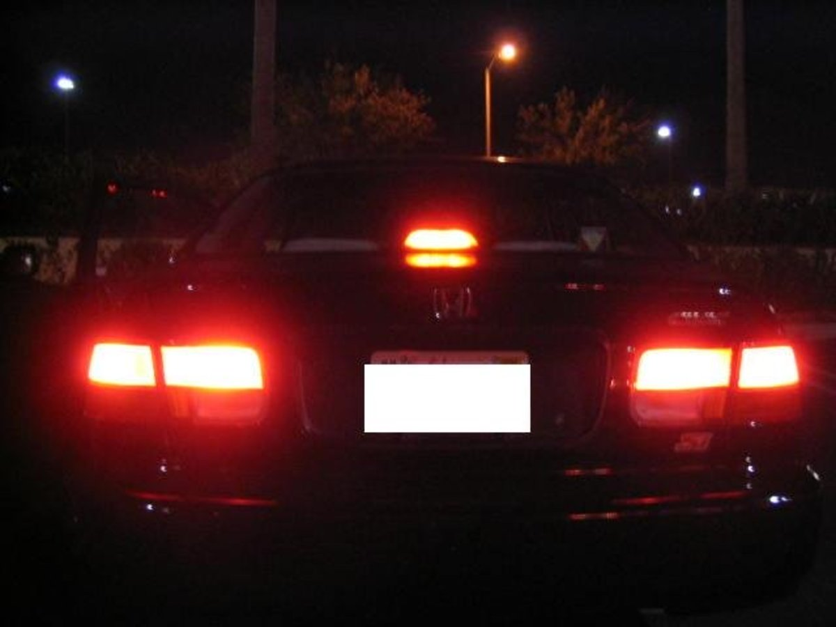 How To Fix Stuck Brake Lights On A Honda AxleAddict - 1999 acura integra tail lights
